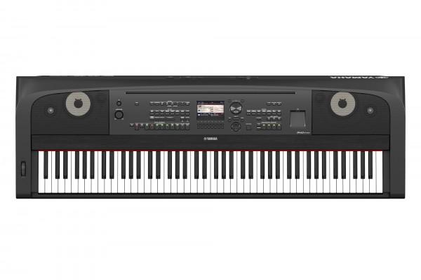 Yamaha DGX-670 B